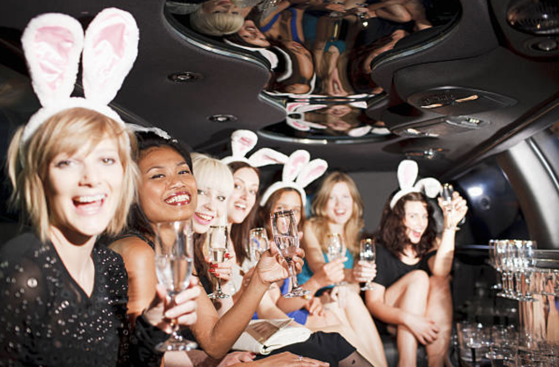 limousine service for bachelorette party green bay wi